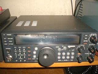 kenwood-ts-570d-2